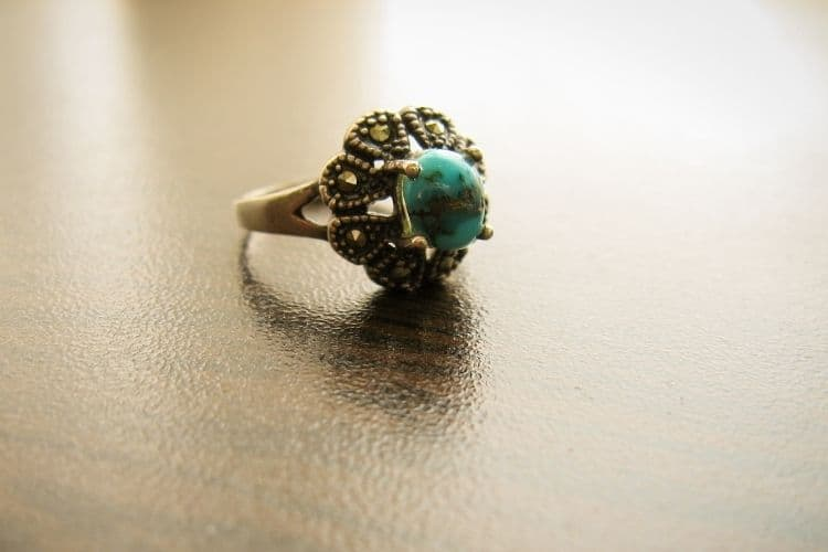 How do I Buy a Turquoise Ring